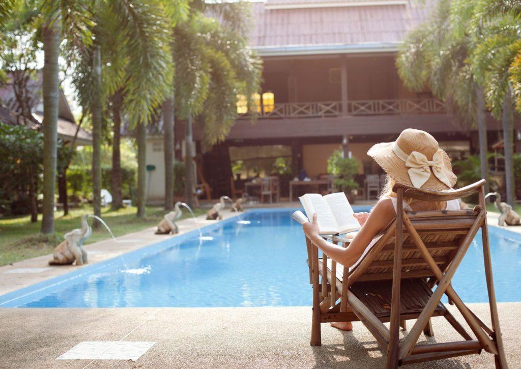 Piscina reformada hotel en Marbella - Trabajos GSC
